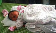 Bé gái mới sinh có trọng lượng kỷ lục, nặng 5,2kg