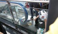 Trung Quốc: Thêm một đứa trẻ thiệt mạng do thang cuốn
