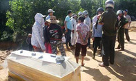 Mang quan tài ra công trường phản đối giá tiền đền bù dự án cao tốc Đà Nẵng – Dung Quất