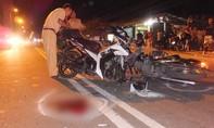 Hai xe máy tông nhau, hai người nguy kịch