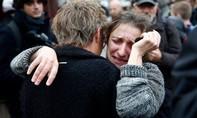 Pháp công bố danh tính ba tay súng đầu tiên tấn công Paris