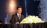Đàm Vĩnh Hưng bất ngờ nhận giải Nghệ sỹ Châu Á xuất sắc nhất