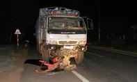 Vụ xe tải tông xe công nông, 14 người thương vong: Tài xế khai buồn ngủ