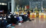 Dòng người luyến tiếc, đau thương dừng lại viếng 4 người chết thảm ở Thanh Hóa