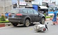 Đắk Lắk: Va quẹt xe biển số xanh một người nguy kịch