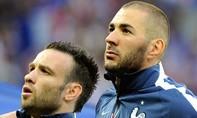 """Benzema bị bắt vì tống tiền đồng đội bằng phim """"đen"""""""