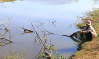 Hai bé trai nhà nghèo chết đuối thương tâm ở lòng hồ