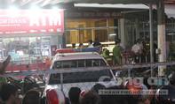 Cảnh sát bao vây truy bắt thanh niên ngáo đá cố thủ trong ngân hàng