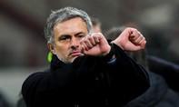 Chelsea mất 40 triệu bảng vì sa thải Mourinho