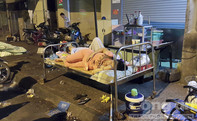 """Cháy khu chợ Gà, Q.1: Cư dân bất ngờ trở thành người """"vô gia cư"""""""