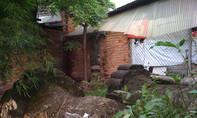 Ngang nhiên lấn chiếm khu mộ cổ để... xây nhà vệ sinh, phơi quần áo, tập kết rác