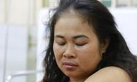 Canh tranh bán hàng rong, một phụ nữ bị hành hung