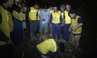 Trắng đêm cứu hộ tàu hoả trật bánh ray tại vị trí hư hỏng cũ