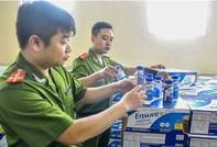 Phát hiện container sữa Ensure nước nhập lậu
