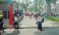 Lề đường trước cổng trường Trương Công Định đã thông thoáng