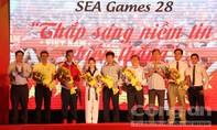 Sát cánh cùng đoàn thể thao Việt Nam