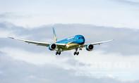 Boeing 787-9 Dreamliner đầu tiên của Vietnam Airlines cất cánh