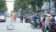 CSGT ra quân giữ gìn an toàn giao thông