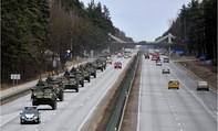 Lầu Năm Góc sẵn sàng chuyển vũ khí hạng nặng đến Đông Âu