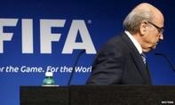Làng túc cầu chấn động khi chủ tịch FIFA bất ngờ từ chức