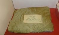 Hành trình 40 năm chiếc khăn dù kỷ vật: Thiêng liêng nghĩa tình đồng đội