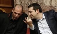 """Sau trưng cầu dân ý,  Bộ trưởng Varoufakis trở thành """"vật tế thần"""""""