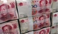 """Lo ngại """"chiến tranh tiền tệ"""" khi Trung Quốc bất ngờ phá giá nhân dân tệ"""