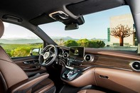 Tuần lễ thời trang Mercedes-Benz Fashion Week