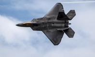 Lo ngại tình hình Ukraine, Mỹ điều máy bay tiêm kích F-22 đến châu Âu