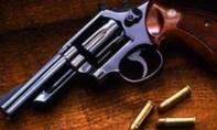 Hung thủ dùng súng rulo và đã bắn 3 phát