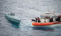 Bắt 6 tấn cocaine từ tàu ngầm tự chế nửa chìm nửa nổi