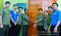 Đoàn Thanh niên Bộ Công an trao nhà nhân ái tại Nghệ An