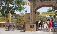 Truy sát trước cổng chùa, một thanh niên tử vong
