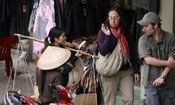 Những scandal 'muối mặt' của du lịch Việt