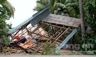Đồng Tháp: Dông lốc làm 10 căn nhà sập, tốc mái