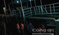 Bắt giữ tàu nước ngoài bán dầu lậu trên vùng biển Kiên Giang