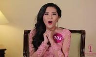 """Cười """"chảy nước mắt"""" trước màn trả lời của thí sinh Hoa hậu Hoàn vũ Việt Nam"""