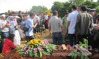 Tài xế taxi bị sát hại dã man ở đồi thông đã được chôn cất