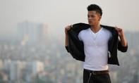 Trọng Hiếu Idol khoe thân hình 6 múi trong MV đầu tay