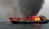 Tàu cá nổ trên biển, 1 ngư dân mất tích