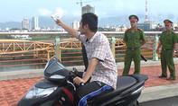 Tìm khẩu súng nghi phạm bắn chết người đàn ông Trung Quốc vứt xuống sông Hàn