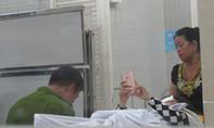 Ráo riết truy tìm 2 kẻ tạt axit một phụ nữ ngay trung tâm Sài Gòn