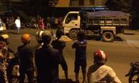 Người đàn ông bị xe ben kéo lê chết thảm trong đêm