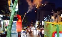 Người dân đường Dương Bá Trạc, phường 1, quận 8 bức xúc tình trạng quán cơm chiếm dụng lề đường