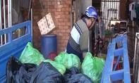 Phát hiện gần 200 kg thịt bò bốc mùi hôi thối vẫn bày bán