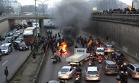 Nước Pháp trong nhiều cơn bão biểu tình