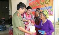 Trao quà Tết và khánh thành giếng cho bà con nghèo tỉnh Ninh Thuận