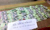Rao bán tiền giả công khai trên mạng xã hội