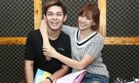 Hari Won rạng rỡ tái hợp cùng trai đẹp Sơn Ngọc Minh