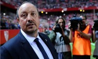 Real 'trảm' Benitez, bổ nhiệm Zidane